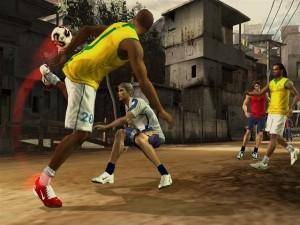 دانلود بازی کم حجم FIFA Street 2 برای PSP | تاپ 2 دانلود